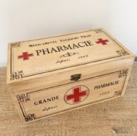 FABULOUS FRENCH VINTAGE STYLED WOODEN 'PHARMACIE' FIRST AID BOX